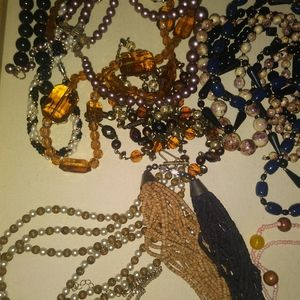 Lot of 15 necklaces